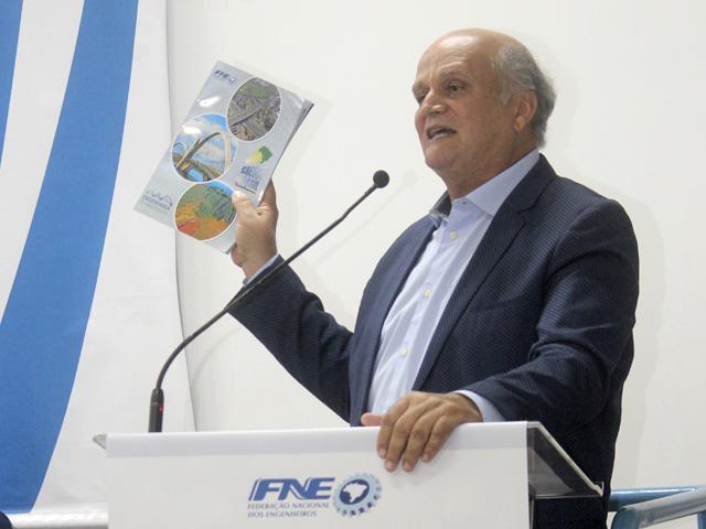 Murilo Pinheiro reforçou a importância da engenharia de manutenção, tema da nova edição da revista Cresce Brasil.